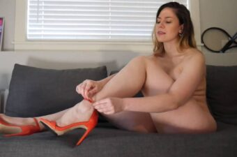 Ashley Alban Ass And Feet Tease Porn Video
