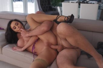 Reya Sunshine Fucking Porn Video