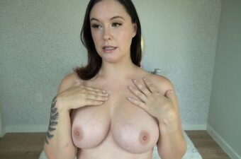 Meg Turney Nude Try On Video Leaked